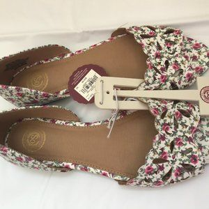 SO Shoes - SO Peep Toe Women Floral Flats size 7.5
